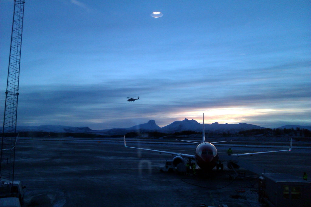 Norwegian Air flight Bodø - Oslo. Photo: Sanjin Đumisić.