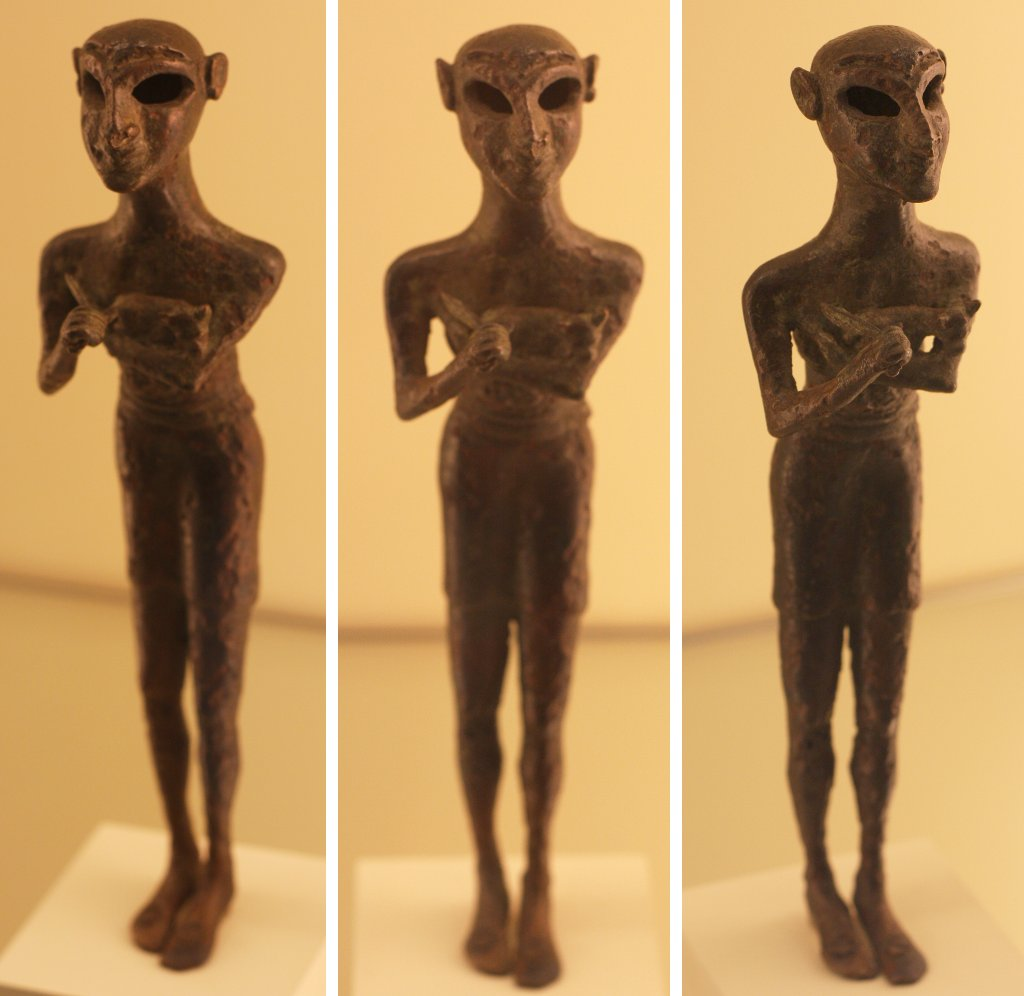 Sumerian grey alien, Pergamon Museum Berlin. Photo: Sanjin Đumišić.