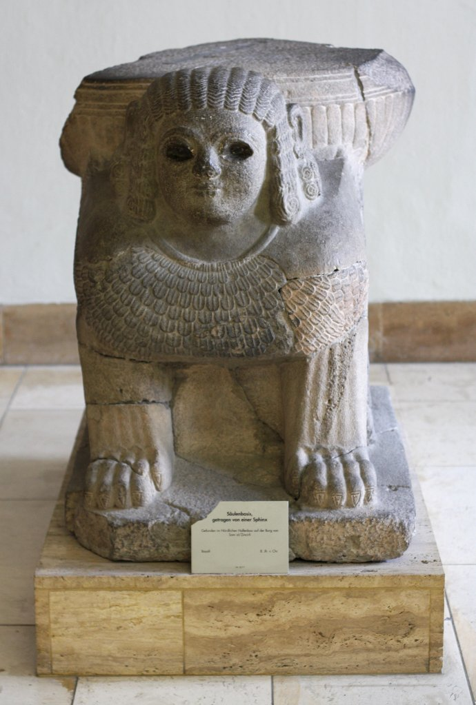 Sumerian sphinx, Pergamon Museum Berlin. Photo: Sanjin Đumišić.