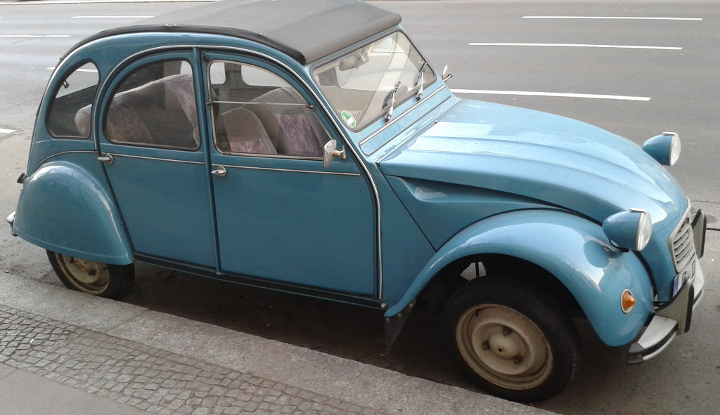 Classic Citroën 2CV. Photo: Sanjin Đumišić.