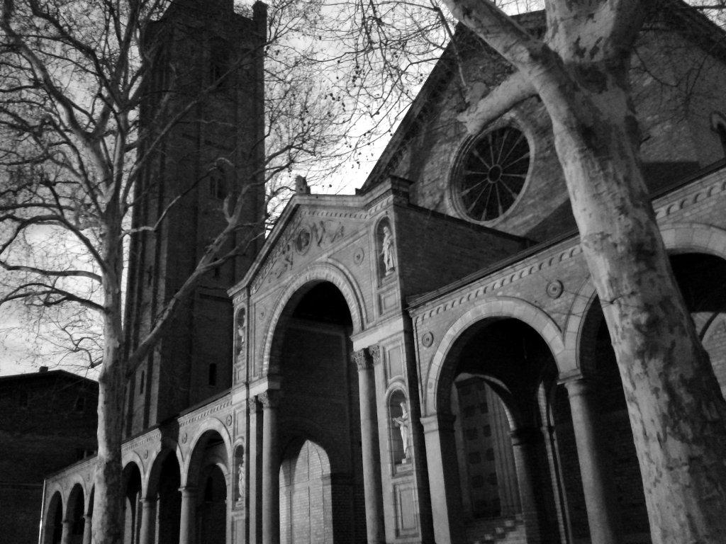 Church at night. Photo: Sanjin Đumišić.