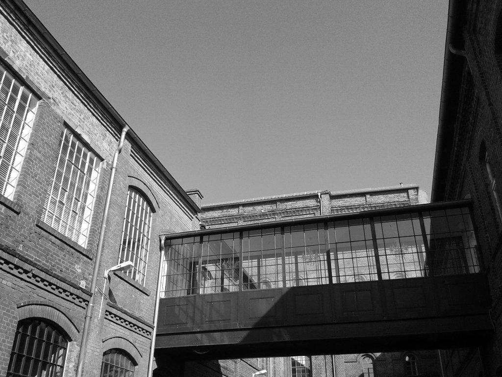 Old factories, now offices and shops. Photo: Sanjin Đumišić.