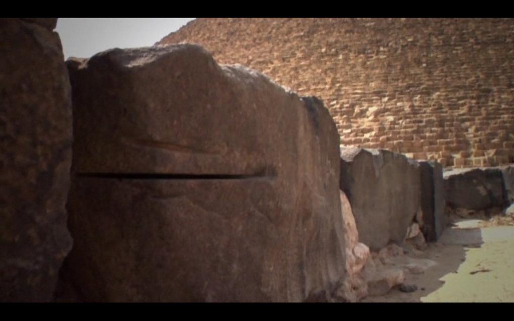 revelation-of-the-pyramids-machine-tools-marks-2