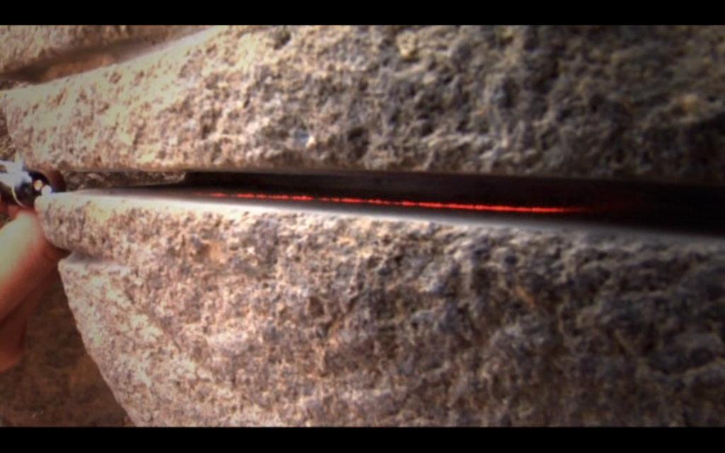 revelation-of-the-pyramids-machine-tools-marks-3
