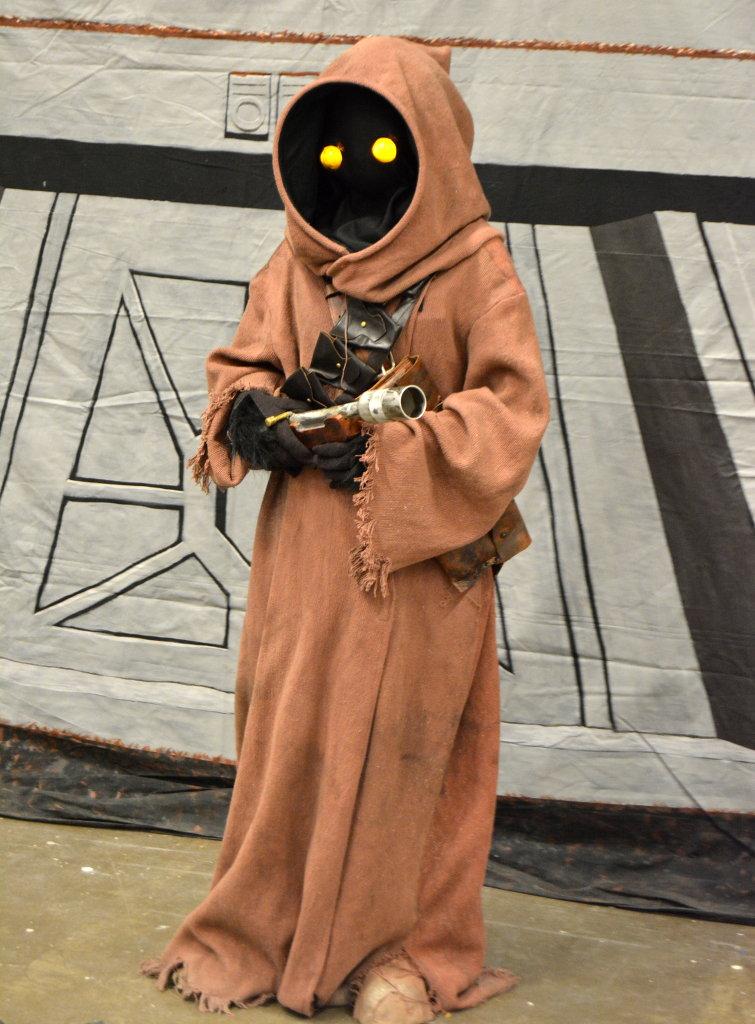 Fine costume work and cute. Photo: Sanjin Đumišić.