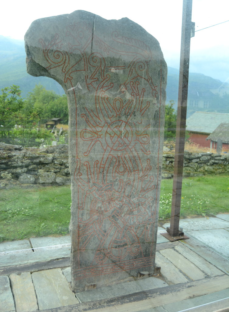 The rune stone 'Vangstein'. Photo: Sanjin Đumišić.