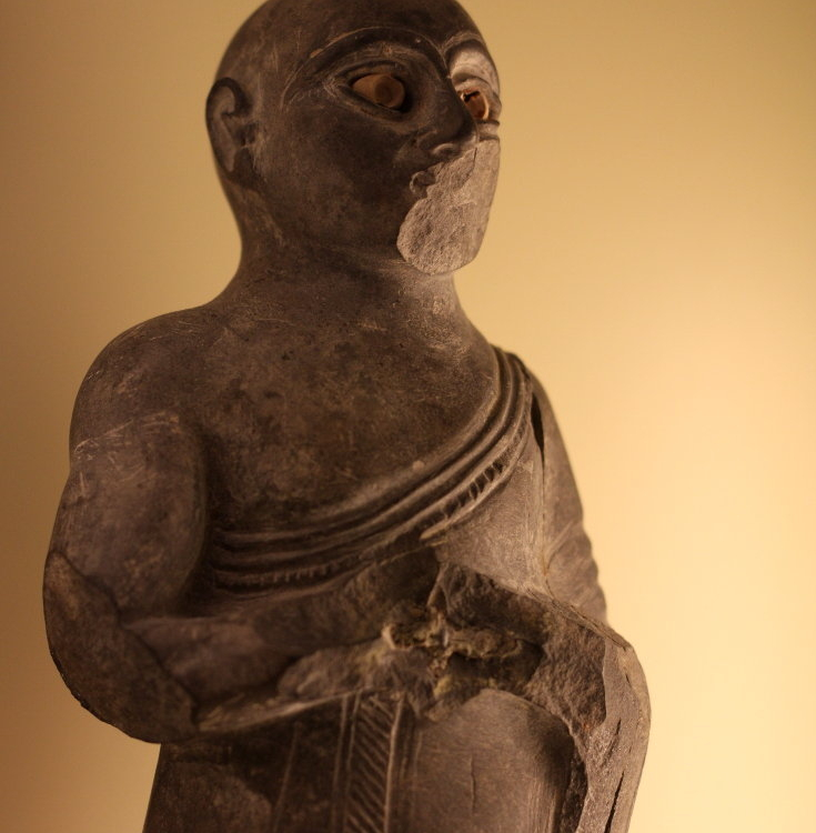 Sumerian Buddhist monk robe before the Buddha