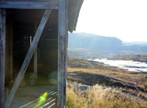 Autumn road trip over Hardanger