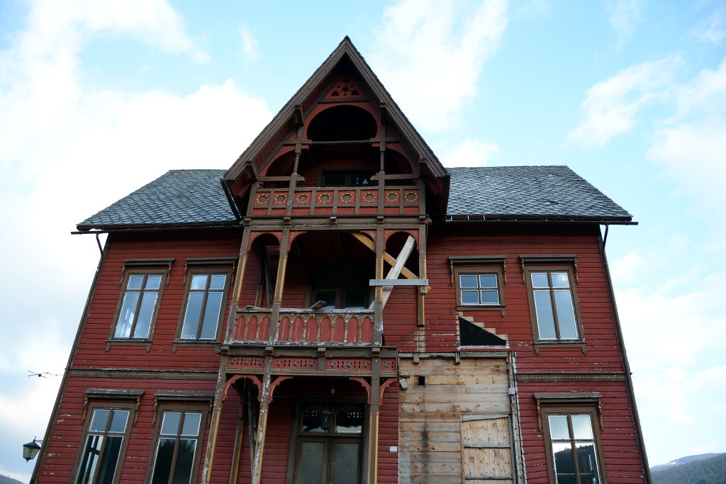 Abandoned house in Hardanger. Photo: Sanjin Đumišić.