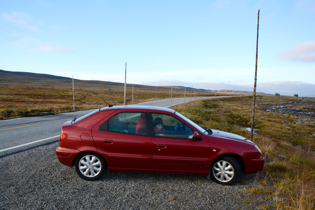 Citroën Xsara on road trip in Hardanger. Photo: Sanjin Đumišić.