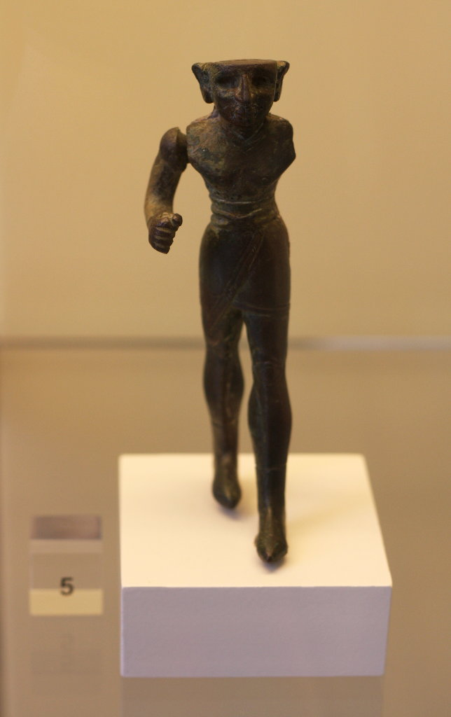 Pergamon Museum in Berlin – Small statues. Photo: Sanjin Đumišić.