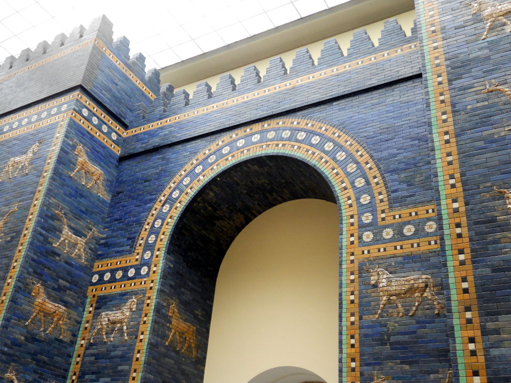 Sumerian blue gate in Pergamon Museum. Photo: Sanjin Đumišić.