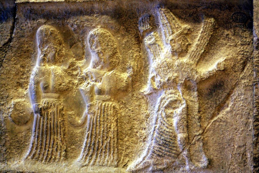Sumer - Pergamon Museum in Berlin - Wall Carvings. Photo: Sanjin Đumišić.