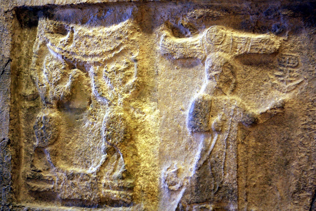 Sumer - Pergamon Museum in Berlin - Wall Carvings. Photo: Sanjin Đumišić.