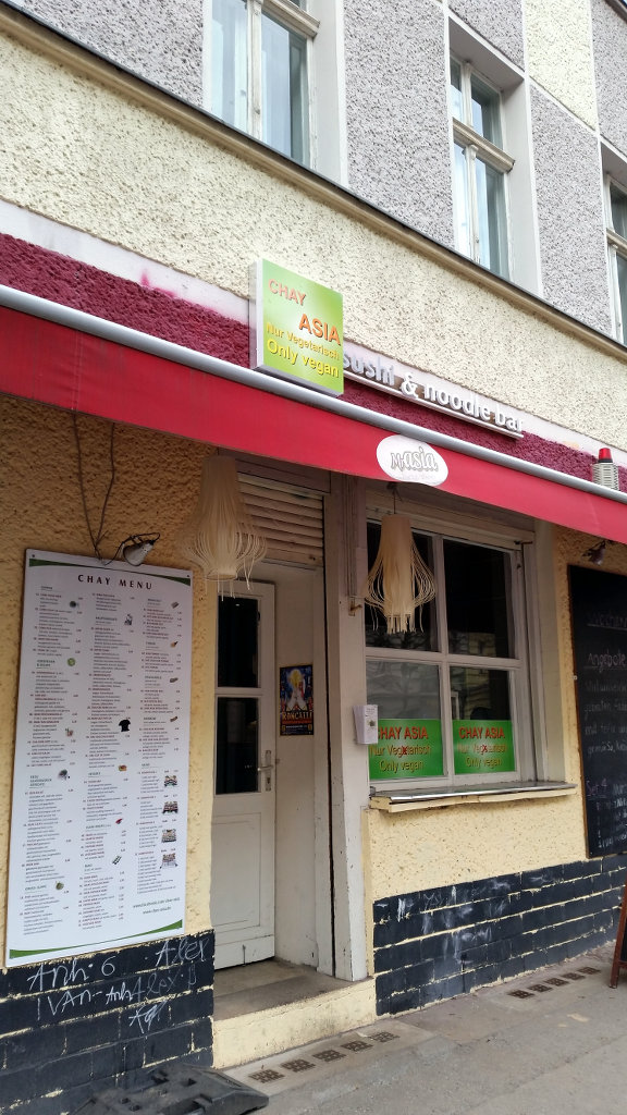 Vegan food in Chay Asia Berlin. Photo: Sanjin Đumišić.