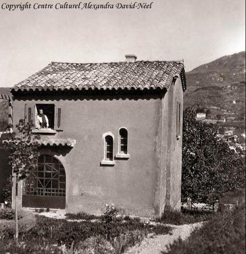 Samten-Dzong, hennes meditationsfort i Digne Provence.