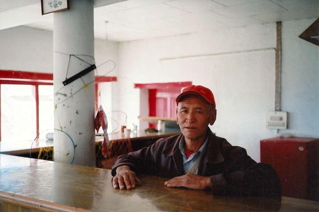 Café portrait in Leh. Photo: Sanjin Đumišić.