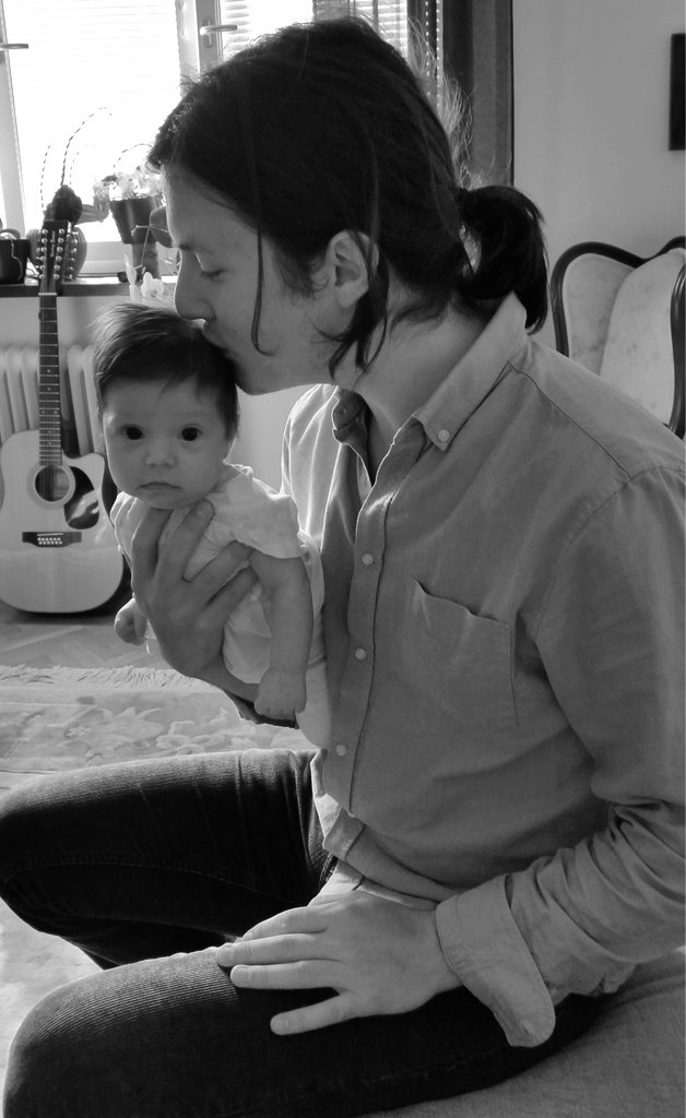 Father with baby daughter. Florens with Sanjin.