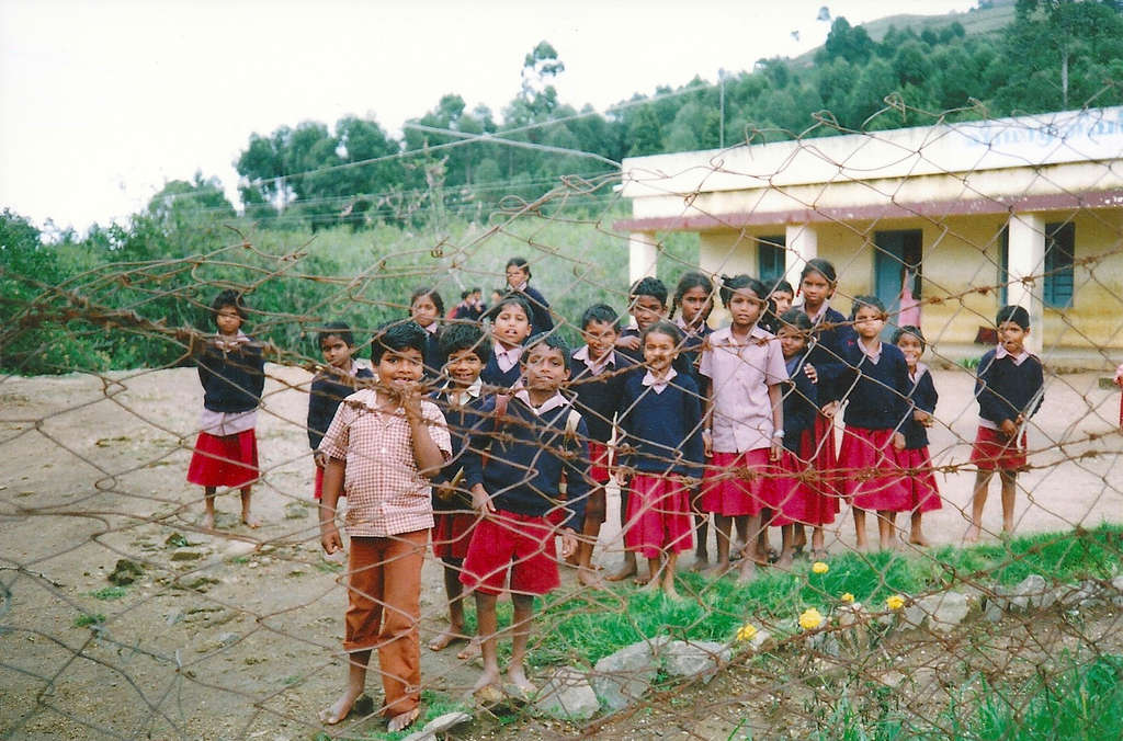 School children in Kodaikanal. Photo: Sanjin Đumišić.