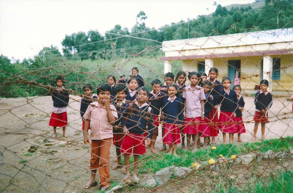 School children in Kodaikanal. Photo: Sanjin Đumišić.