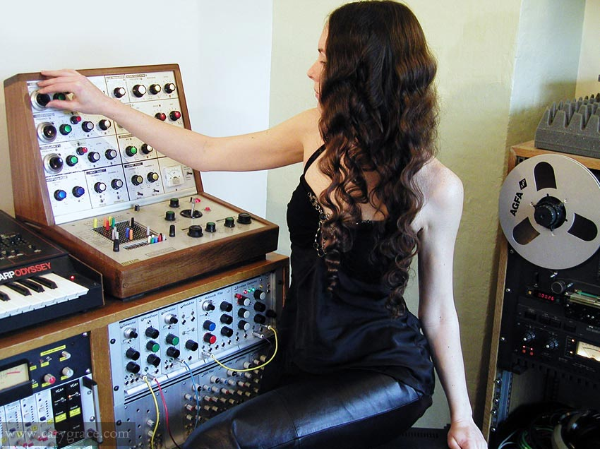 Cary Grace, analog modular synth.