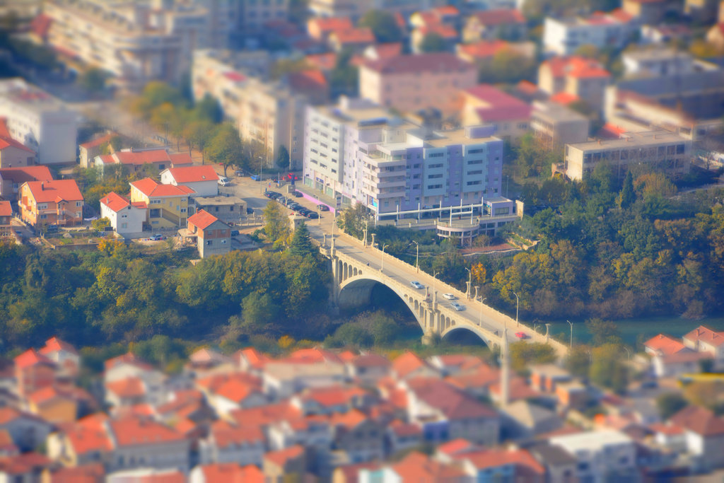 Mostar Sim City. Photo: Sanjin Đumišić.
