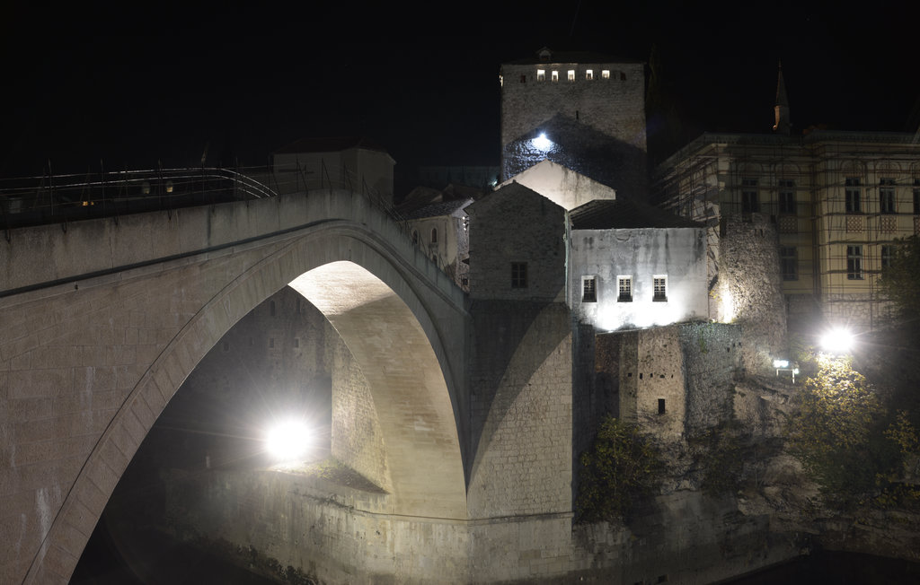 Old Bridge, Stari Most, at nighttime. Photo: Sanjin Đumišić.