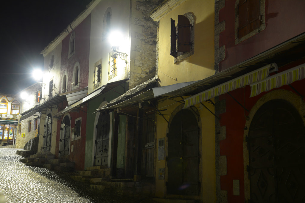 Old Bridge, Stari Most, at nighttime. Photo: Sanjin Đumišić.