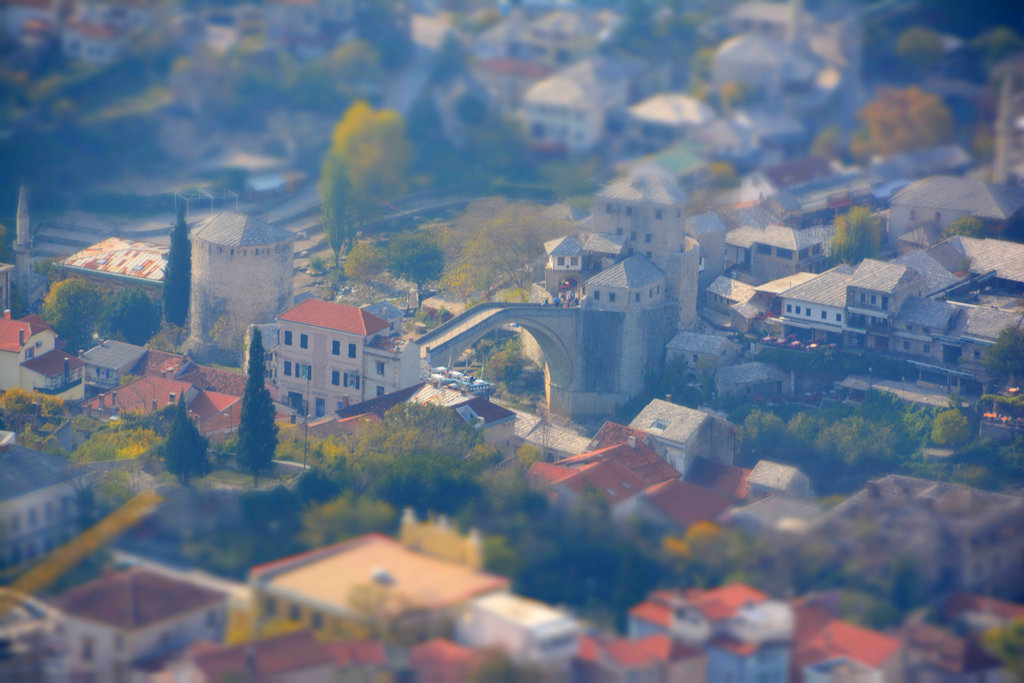 Stari Most Sim City. Photo: Sanjin Đumišić.