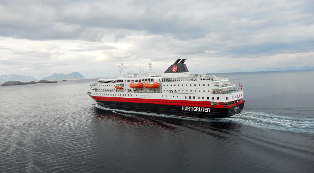 Hurtigruten. Photo: Sanjin Đumišić.
