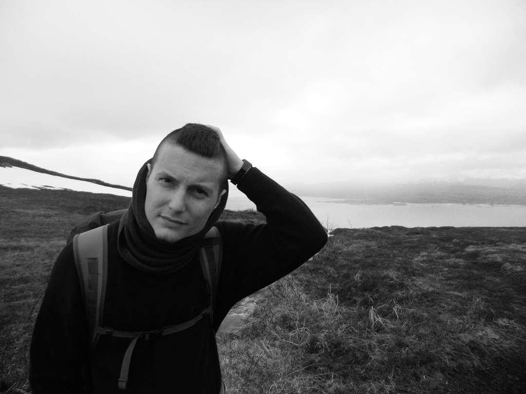 Sanjin Đumišić, hiking in Tromsø. Photo: Lisa Sinclair.