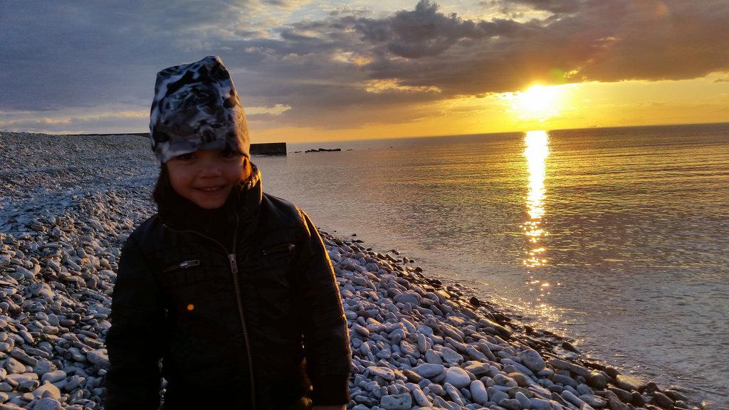 Bianca at Öland sunsent. Photo: Sanjin Đumišić.