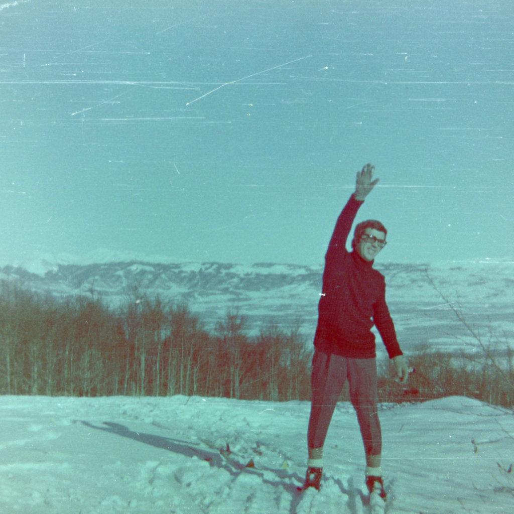 Bosnian wintertime mountaintop in the 1970's. Photo: Đumišić.