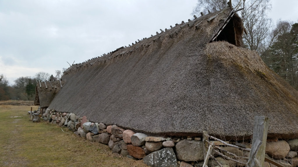 Norse iron age house. Photo: Sanjin Đumišić.