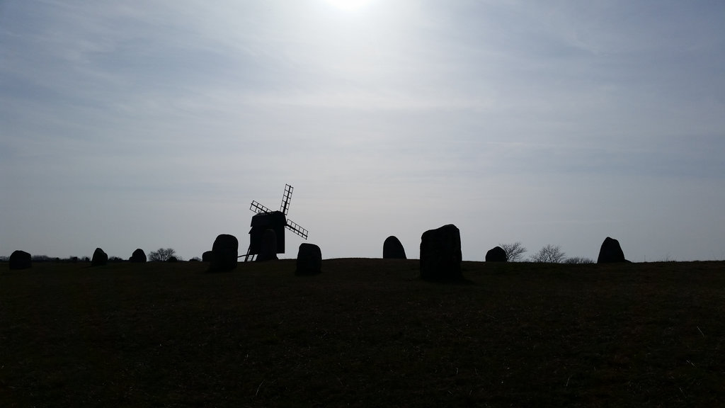 Windmill and megaliths in Öland. Photo: Sanjin Đumišić.