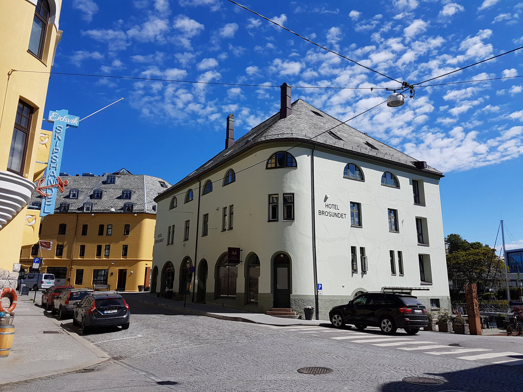 Hotel Brosundet, Ålesund Norway. Photo: Sanjin Đumišić.