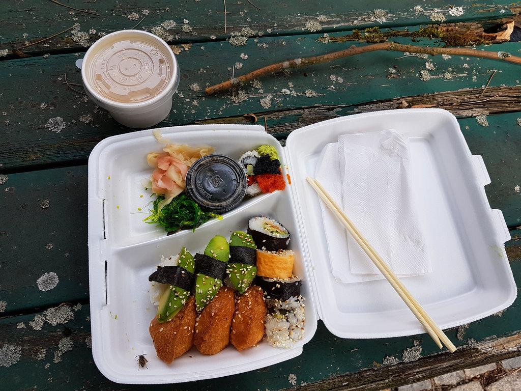 Vegan sushi takeaway. Photo: Sanjin Đumišić.