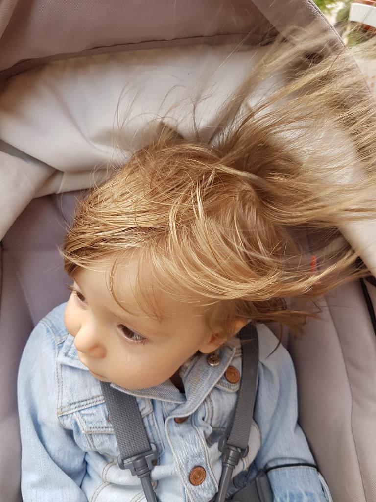 Baby Florens, tear, wind and hair. Photo: Sanjin Đumišić.