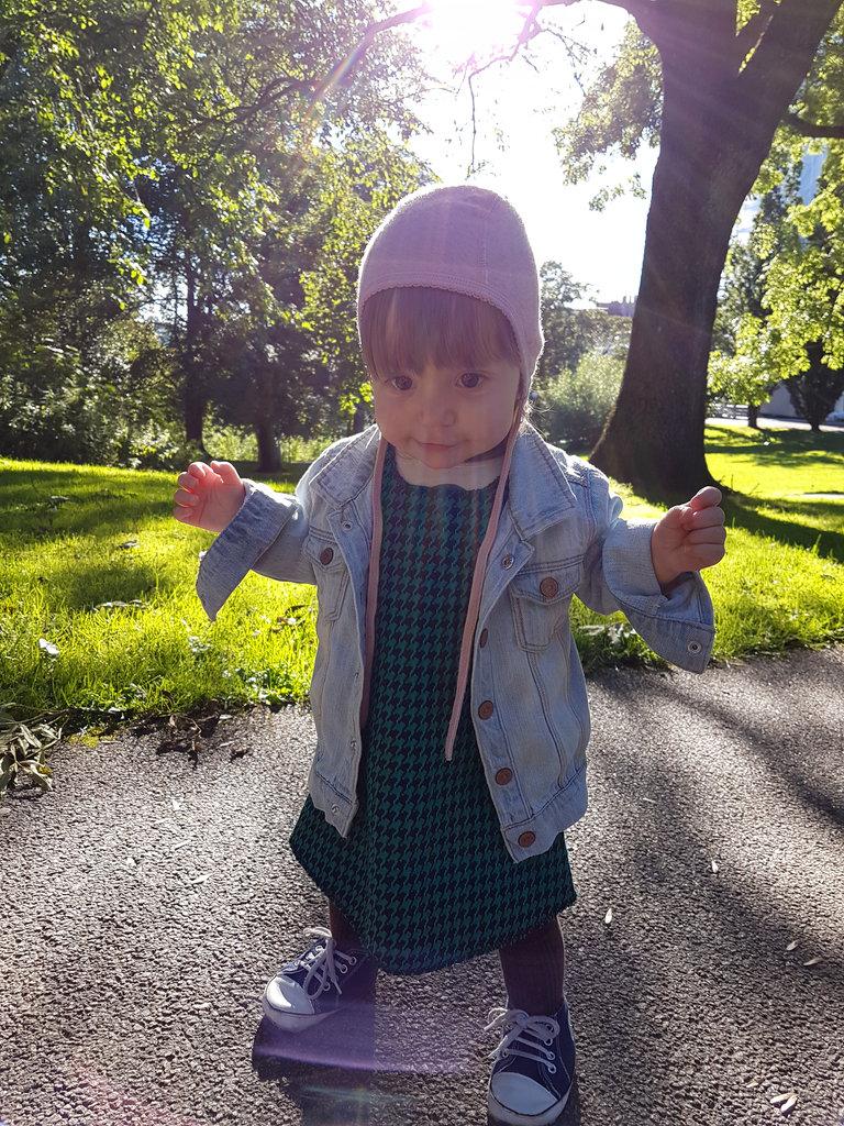 Baby Florens, a windy day in the park. Photo: Sanjin Đumišić.