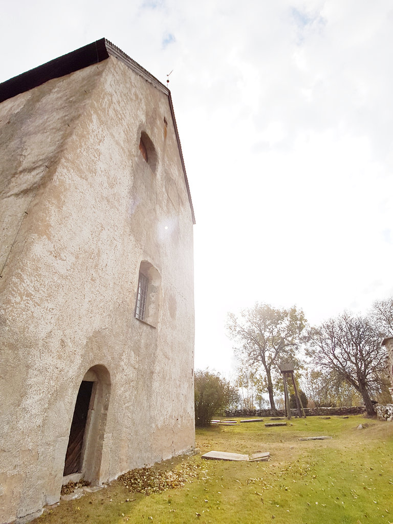 Medieval church in Källa, Öland. Photo: Sanjin Đumišić.