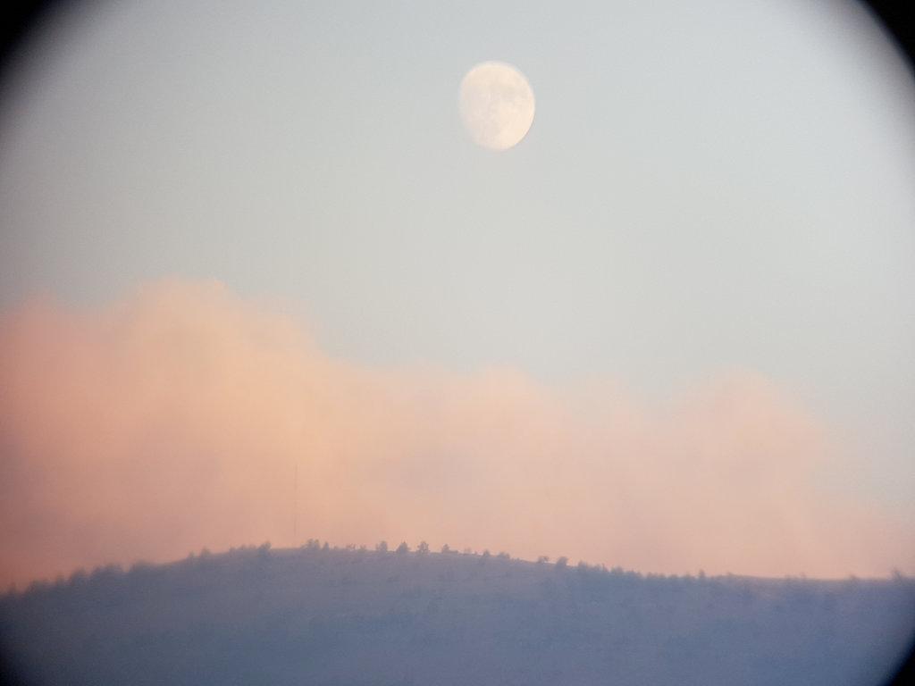 Winter moonrise over Mostar. Photo: Sanjin Đumišić.