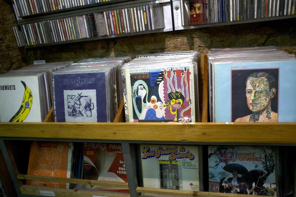 Record store Reciclaje in Granada. Photo: Lisa Sinclair.