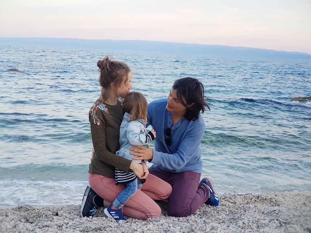 Đumišić Sinclair family, Adriatic beach.