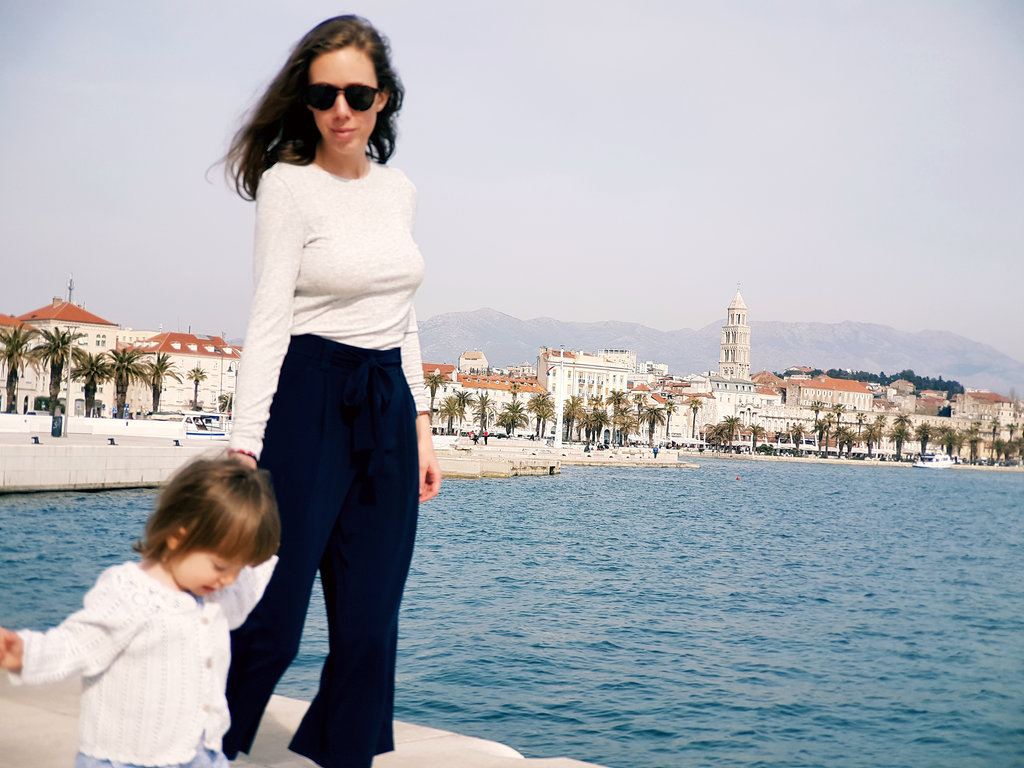 Florens and Lisa, springtime in Split. Photo: Sanjin Đumišić.