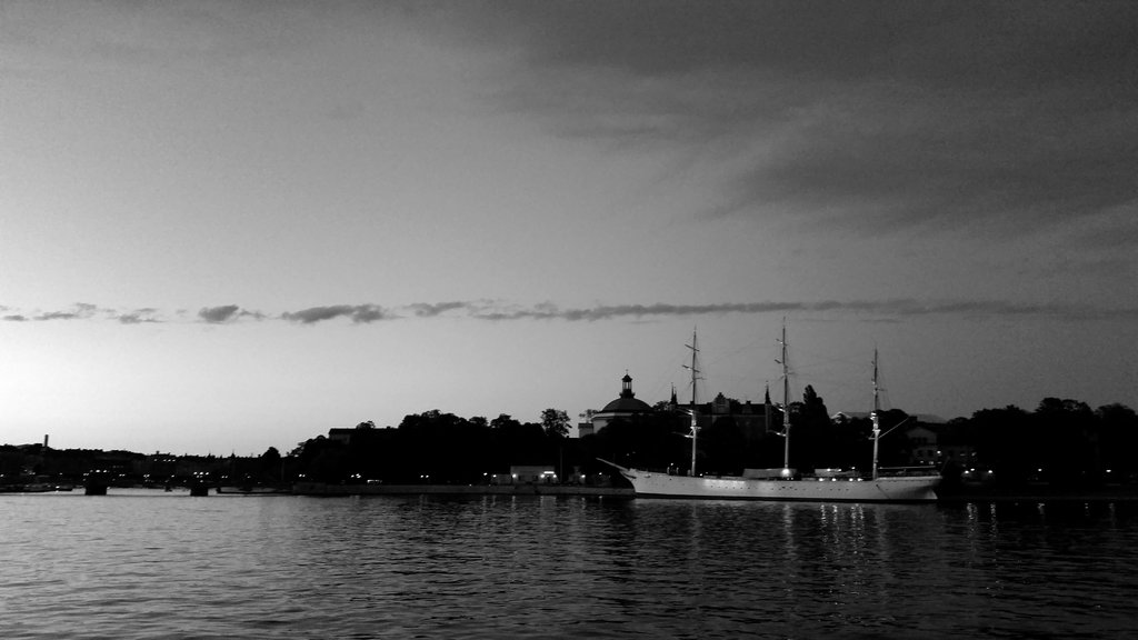 Stockholm summer night. Photo: Sanjin Đumišić.