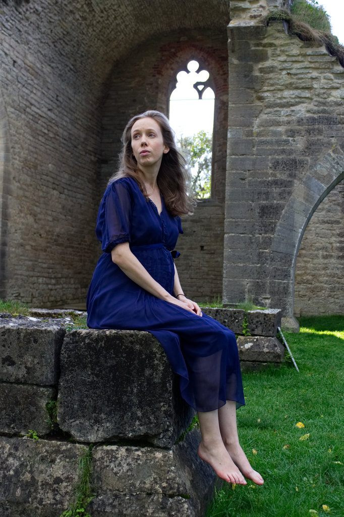 Lisa Sinclair at Alvastra Abbey Ruins. Photo: Sanjin Đumišić.