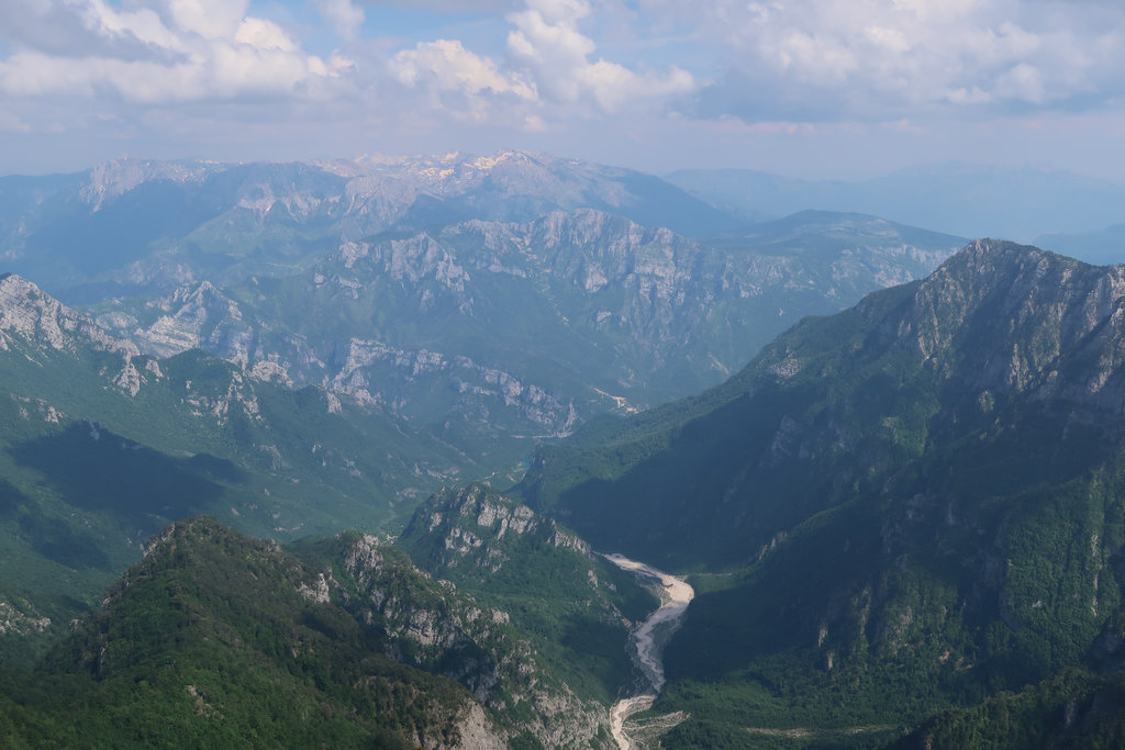Mountains near Mostar. Photo: Sanjin Đumišić.