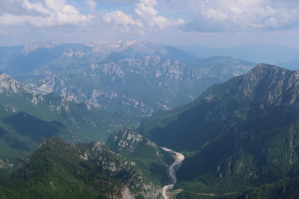 Mountains near Mostar. Photo: Sanjin Đumišić.