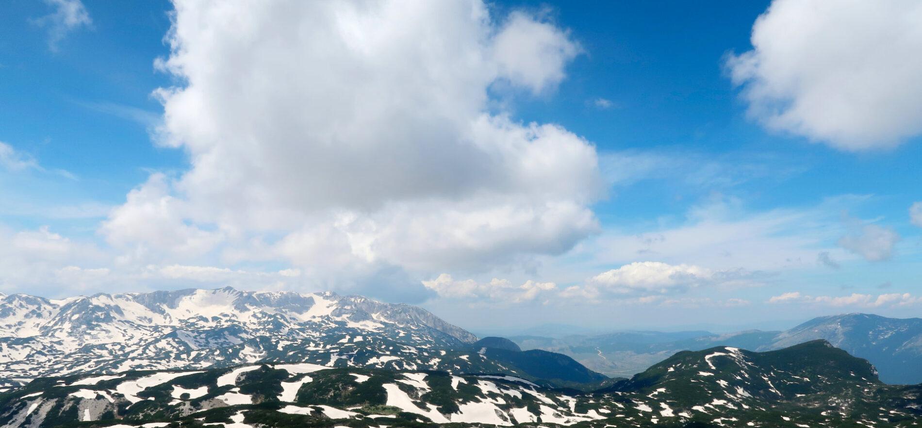 Heart mountains in Herzegovina. Photo: Sanjin Đumišić.